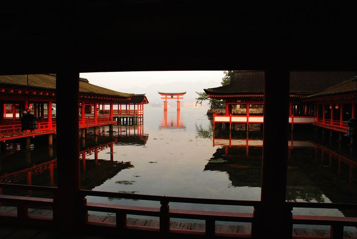 厳島神社から大鳥居。